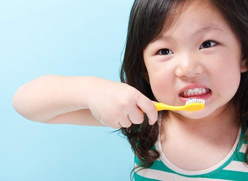 Cách giải quyết tình trạng hô răng ở trẻ 1